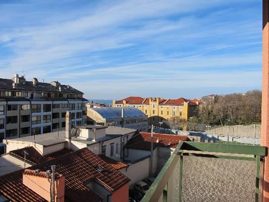 Appartamento in Affitto a Università Trieste (TS) - rif. l1508